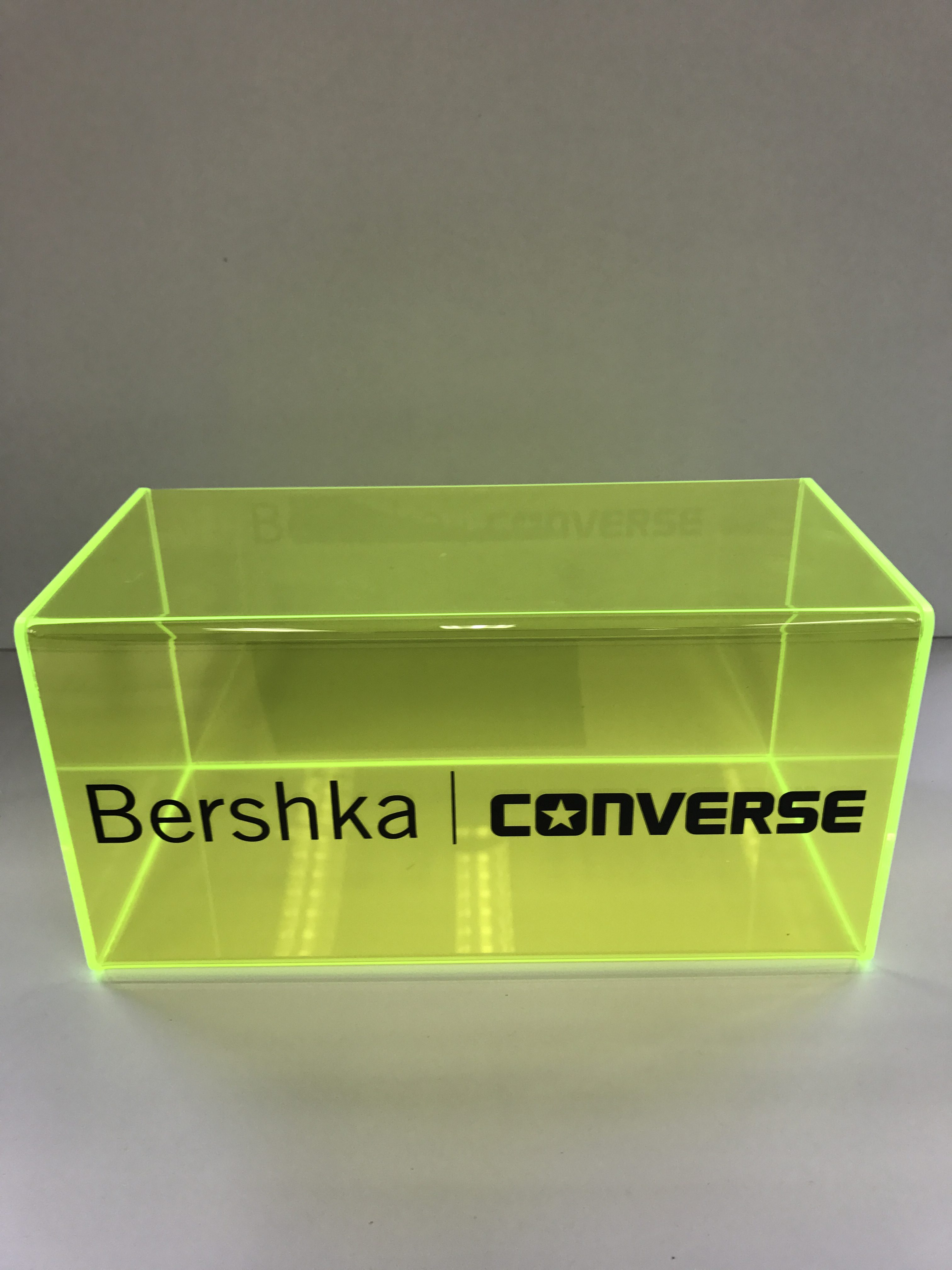 Cubo en metacrilato fluorescente